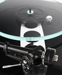 planar-3-black-rb330-rear-detail-gallery